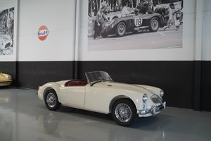 MG A MGA 1500 Roadster Body off Restored (1956)