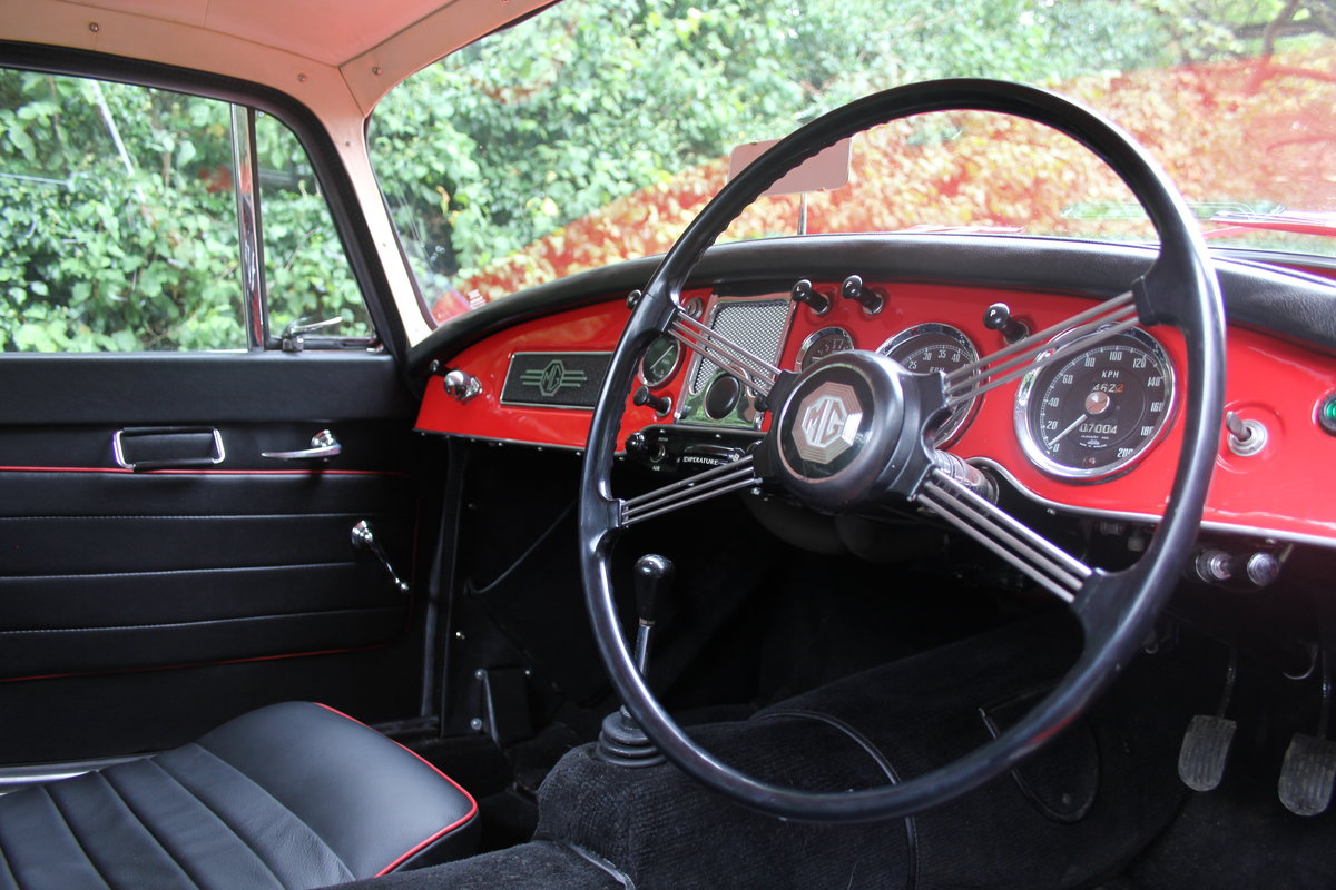 1957 MGA 1500 MKI Coupe For Sale (picture 8 of 19)