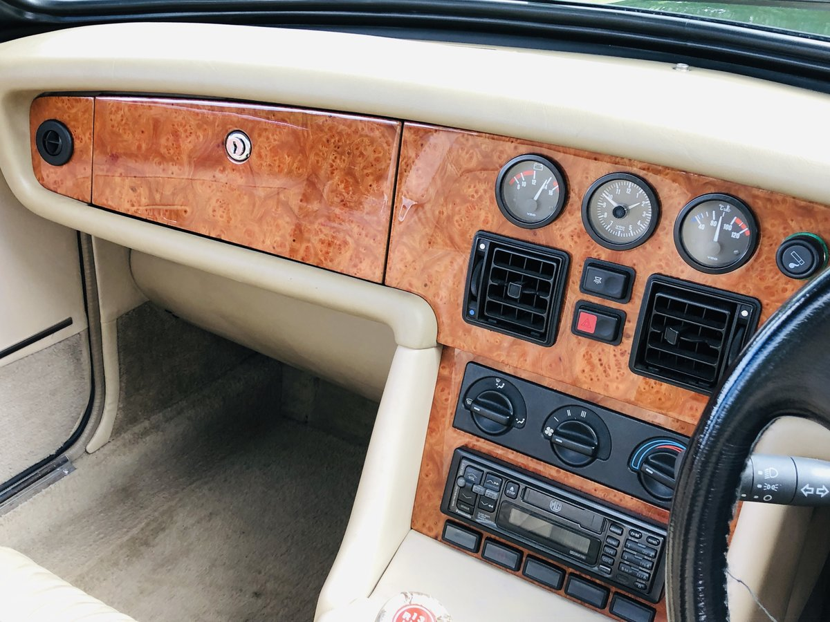 1994 MG RV8 3.9L V8 Roadster 49000 miles For Sale (picture 5 of 6)