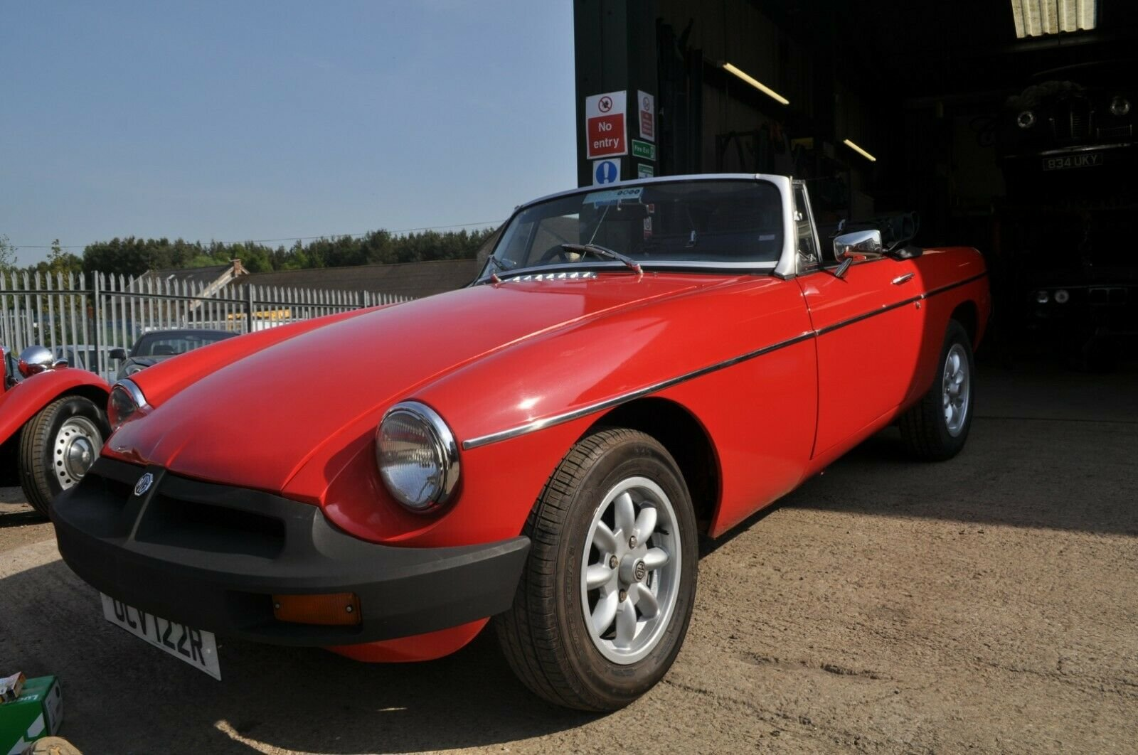 1977  MG MGB ROADSTER TAX EXEMPT LOVELY USABLE CLASSIC CAR SOLD (picture 3 of 6)