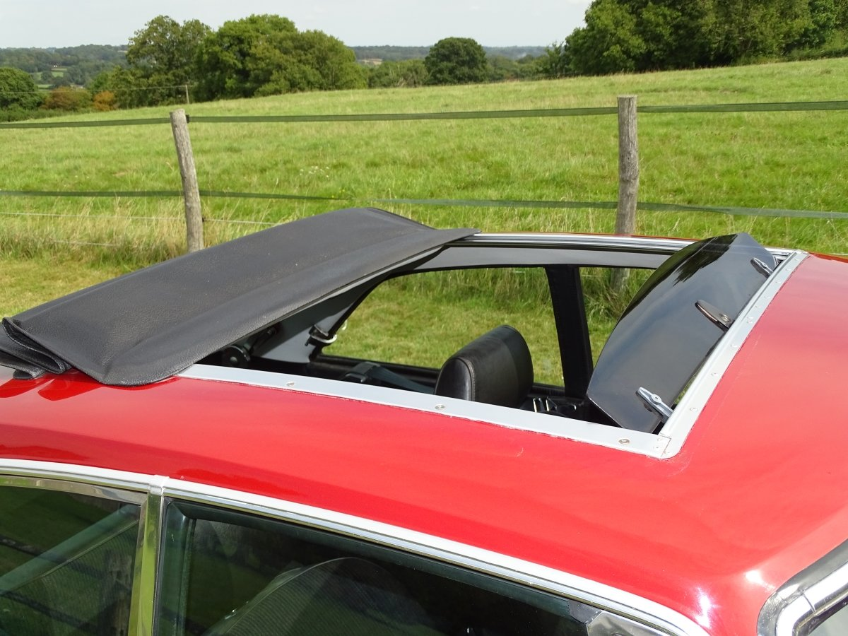 1980 Exceptional MGB GT, 77000m, Full history, sunroof, overdrive SOLD (picture 4 of 6)