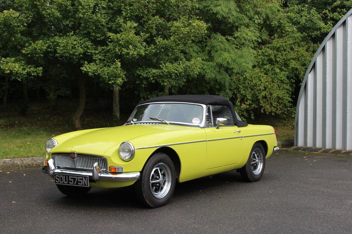 1974 MGB 1 8 ROADSTER - OVERDRIVE For Sale | Car And Classic