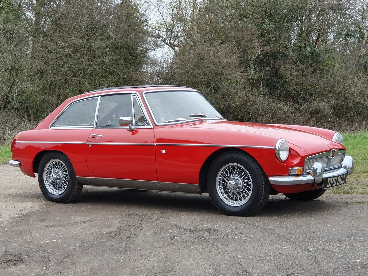 MG B GT, 1970, Flame Red For Sale (picture 2 of 6)