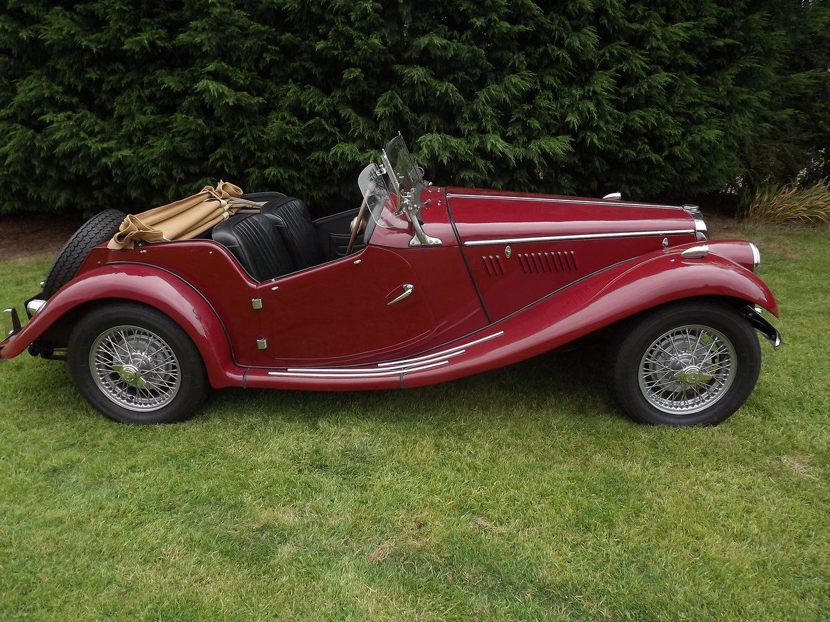 1954 MG TF Restored  For Sale (picture 1 of 6)