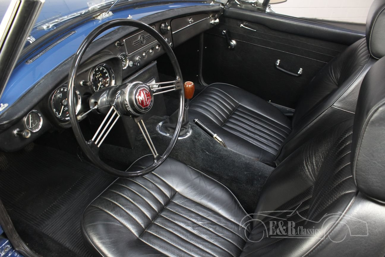 MG B Cabriolet Old style 1964 very good condition For Sale (picture 3 of 6)