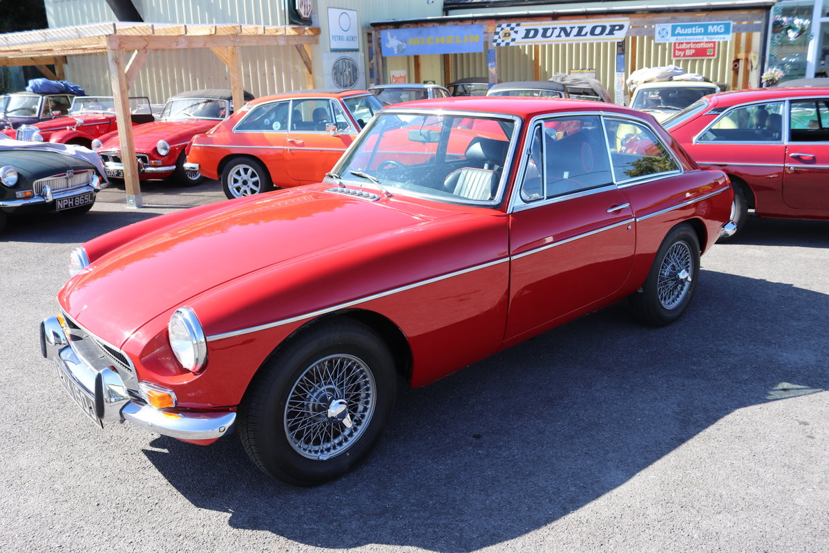 1970 MGB GT, Detailed engine bay For Sale (picture 4 of 6)