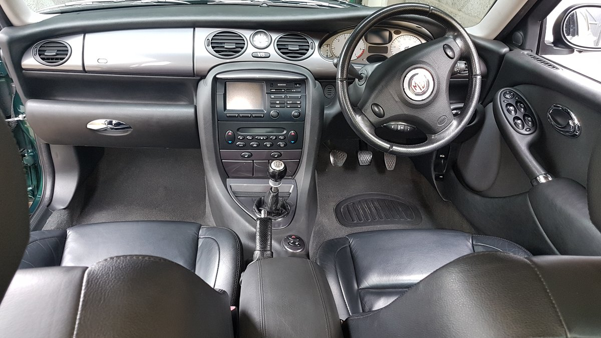 2003 MG ZT V8 260 SE For Sale (picture 4 of 6)