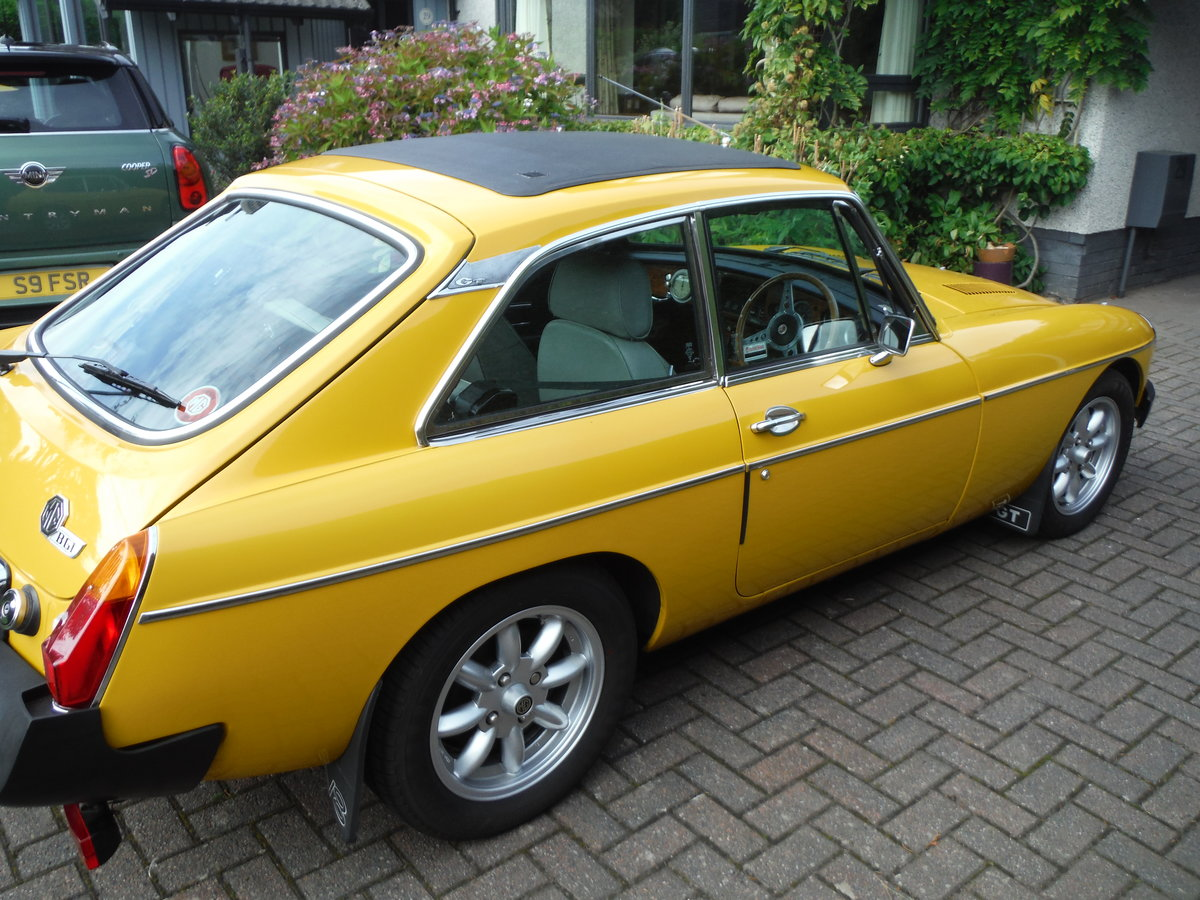 1979 MGB GT Beautiful Solid Car in Inca Yellow For Sale (picture 1 of 6)