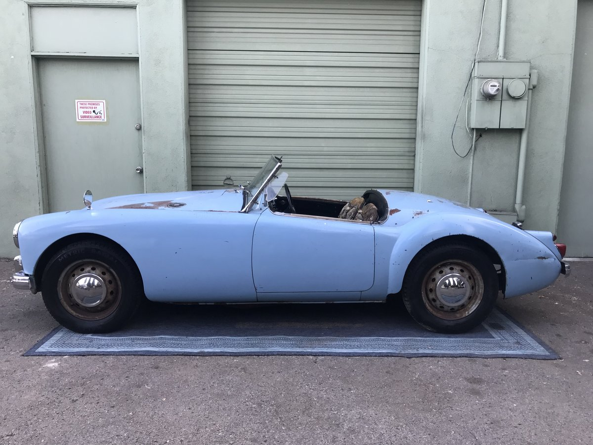 ***1960 MGA 1600 Roadster  For Sale (picture 1 of 6)