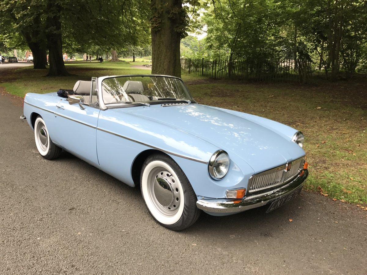 1971 MGB Roadster heritage shell rebuild For Sale (picture 8 of 10)