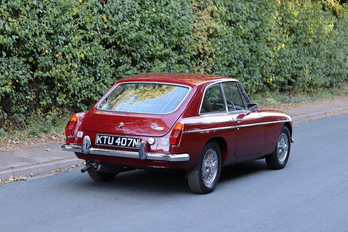 1975 MGB GT  - Overdrive, Leather trim, CWW SOLD (picture 6 of 16)