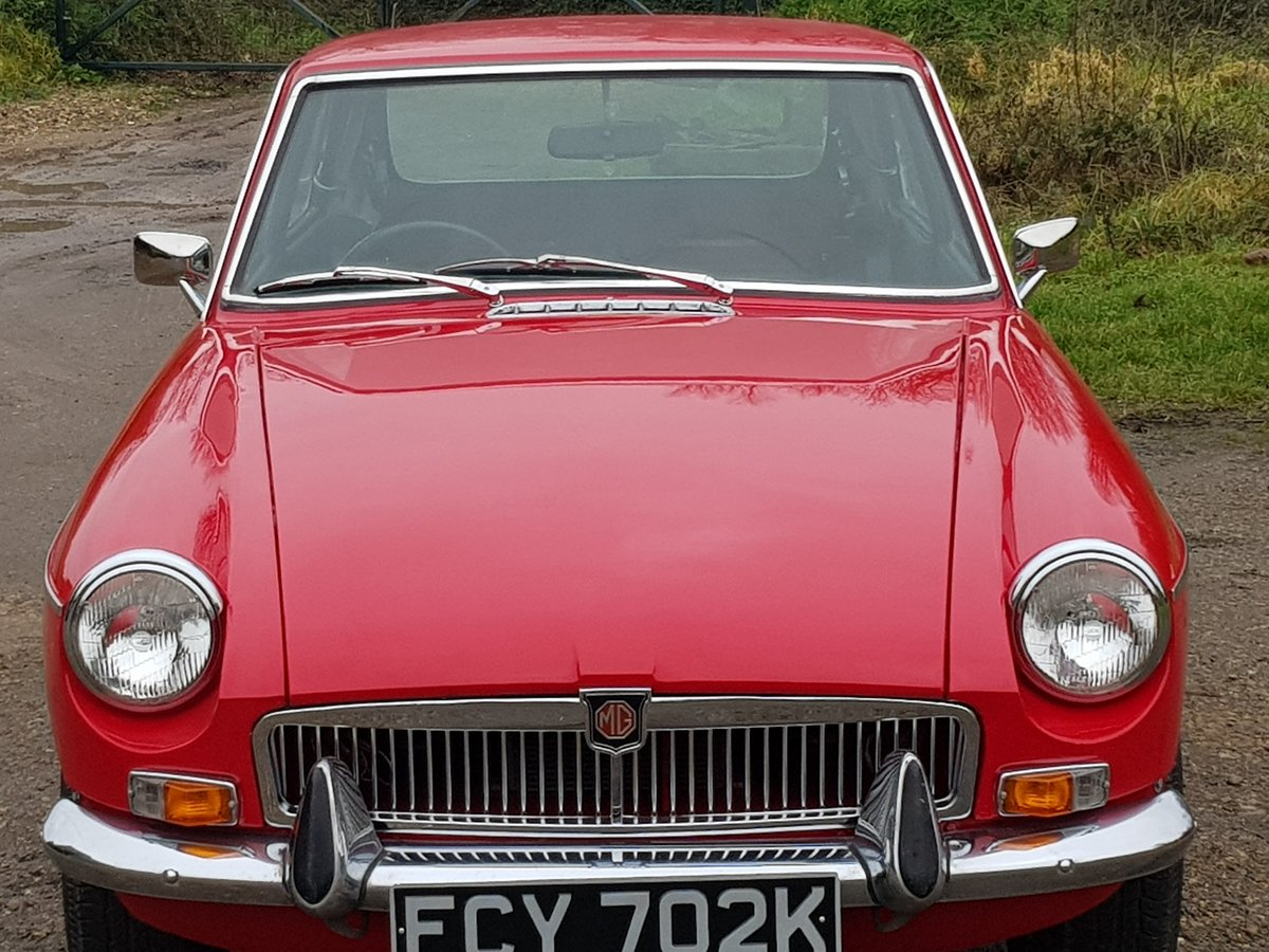 MG B GT, 1972, Rosso Red For Sale (picture 3 of 6)