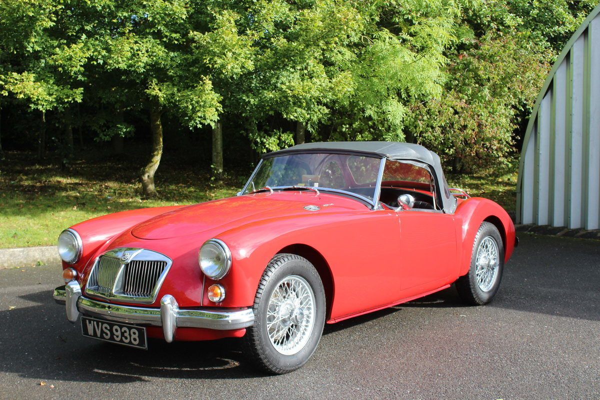 1961 MGA ROADSTER 1600 Mk2. For Sale (picture 1 of 6)