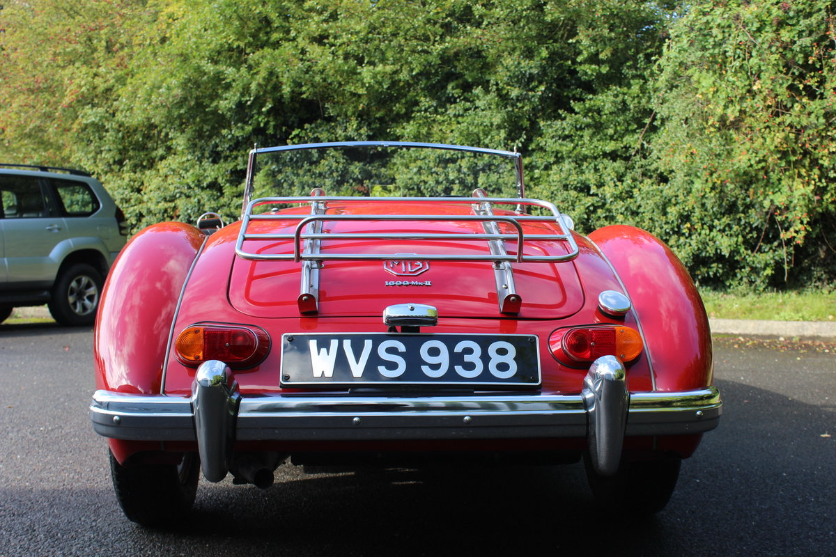 1961 MGA ROADSTER 1600 Mk2. For Sale (picture 3 of 6)