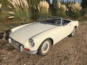 67 MGB Roadster Older restoration driver