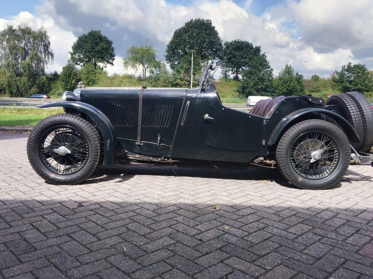 1936 MG Magnette Musketeer Recreation € 94.500 For Sale (picture 1 of 6)