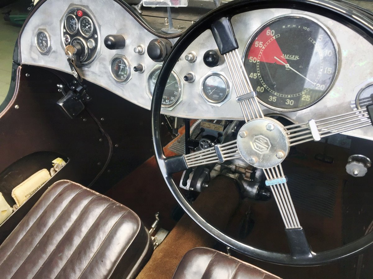 1936 MG Magnette Musketeer Recreation € 94.500 For Sale (picture 4 of 6)