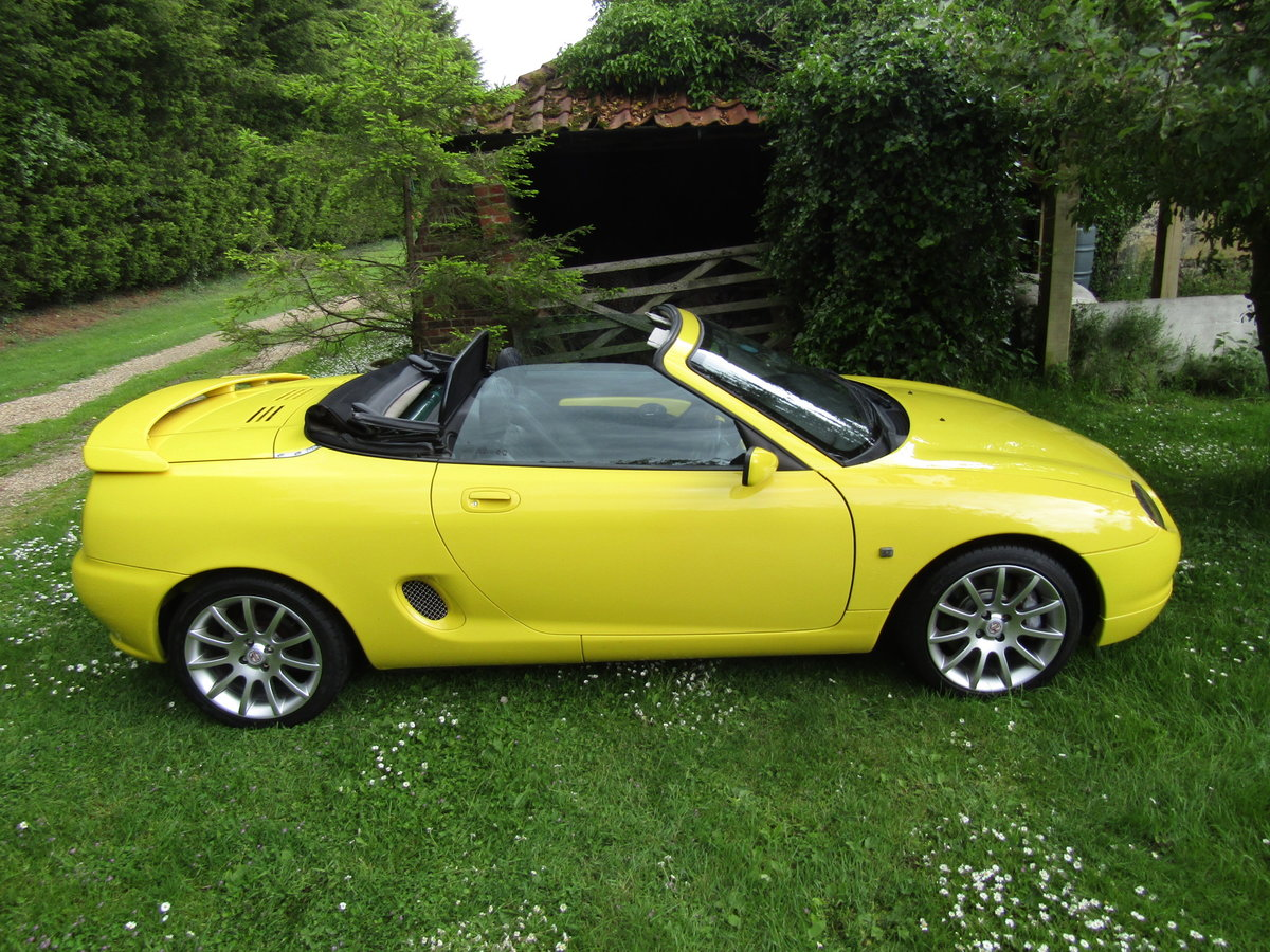 2001 MGF Trophy 160 SE in excellent condition For Sale (picture 2 of 6)