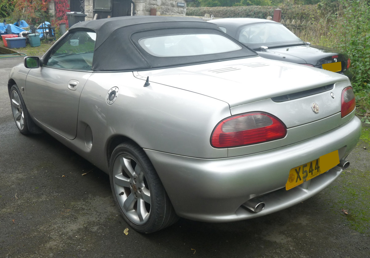 2000 MGF Silver late 1999 low mileage For Sale (picture 3 of 3)