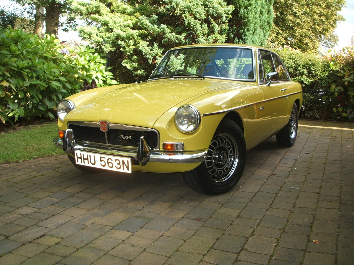1974 Factory MGB GT V8 For Sale (picture 1 of 6)