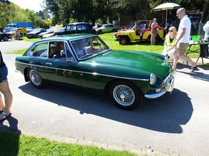 MGB GT British Racing Green Wire Wheels