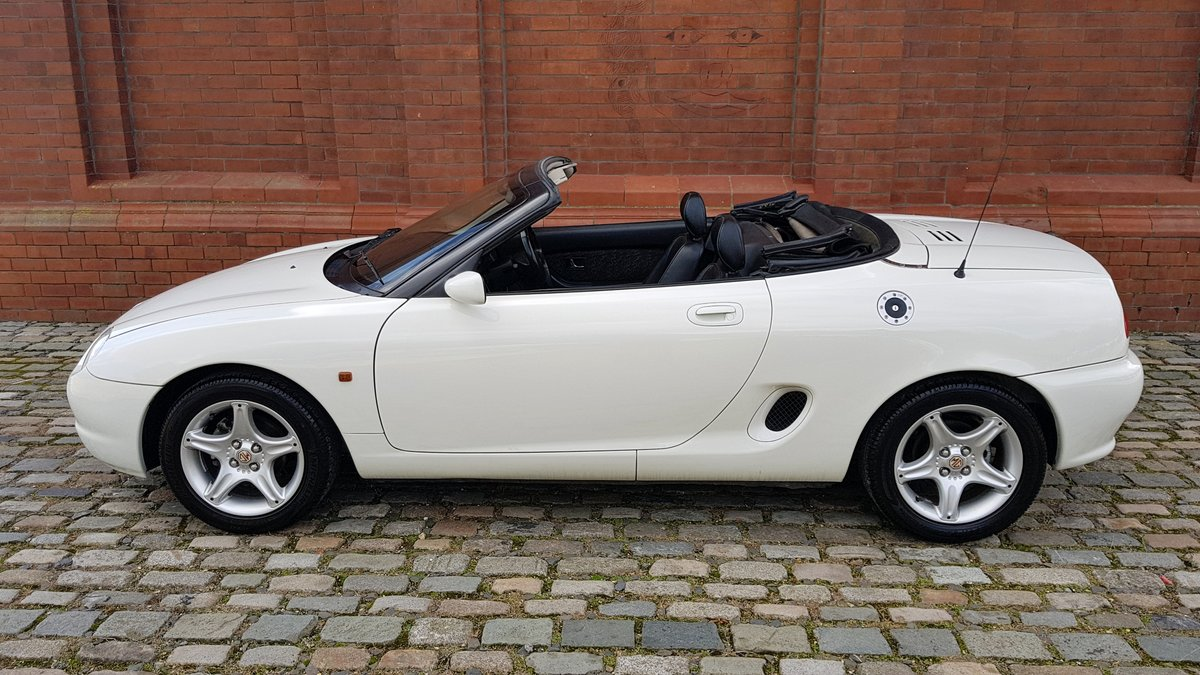 1997 MG MGF MODERN CLASSIC 1.8i SOFT / HARD TOP CONVERTIBLE * For Sale (picture 2 of 6)