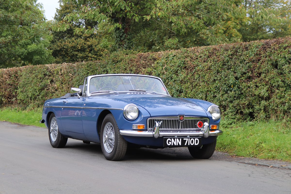 1966 MGB Roadster - Fully Rebuilt, UK Car, PAS For Sale (picture 1 of 19)