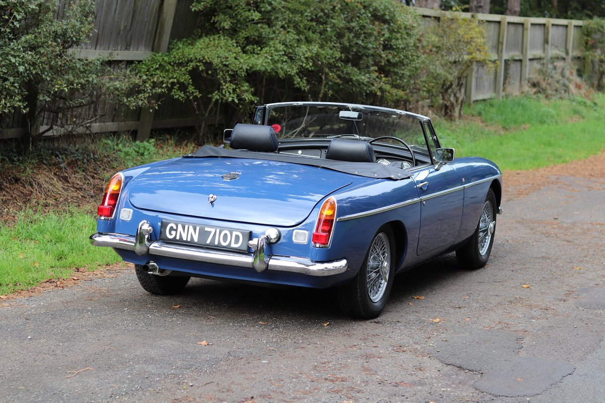1966 MGB Roadster - Fully Rebuilt, UK Car, PAS For Sale (picture 6 of 19)