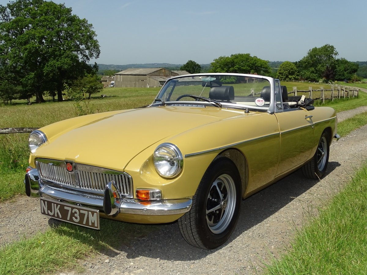 1973 Lovely matching numbers MGB,Heritage certificate,69000 miles SOLD (picture 1 of 6)