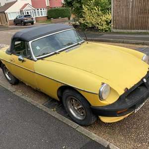 mgb roadster 1978 completer car unused since 2010
