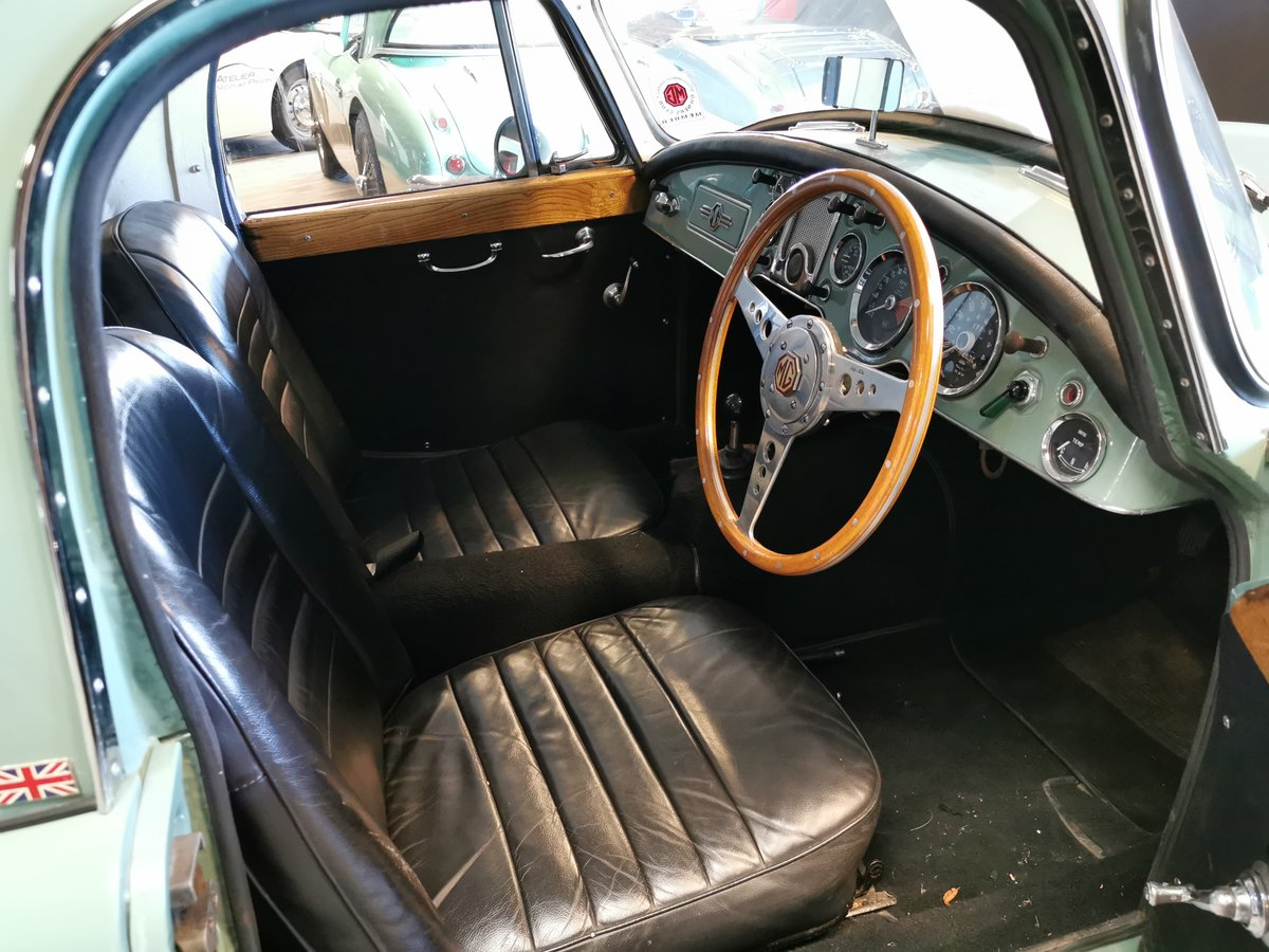 1960 MGA COUPE For Sale (picture 4 of 6)