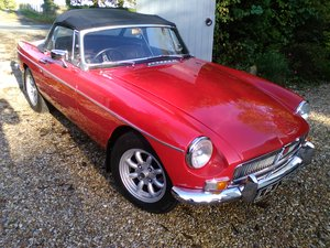1966 BEAUTIFUL EXAMPLE 66 MGB ROADSTER