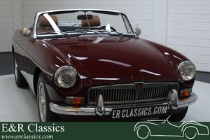 MGB Cabriolet 1976 Overdrive Damask Red