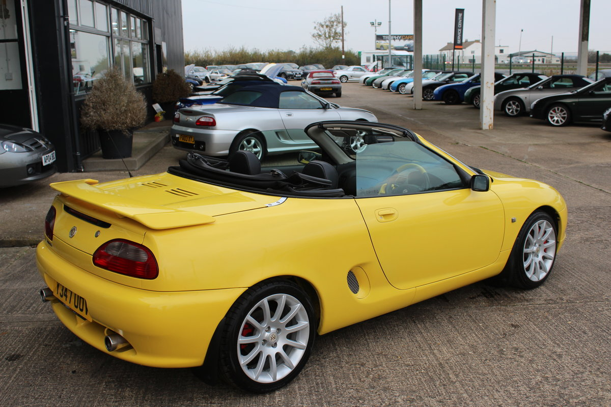 2001 MGF TROPHY 160,LOTS OF RECEIPTS, HEADGASKET, BELT&PUMP For Sale (picture 2 of 6)