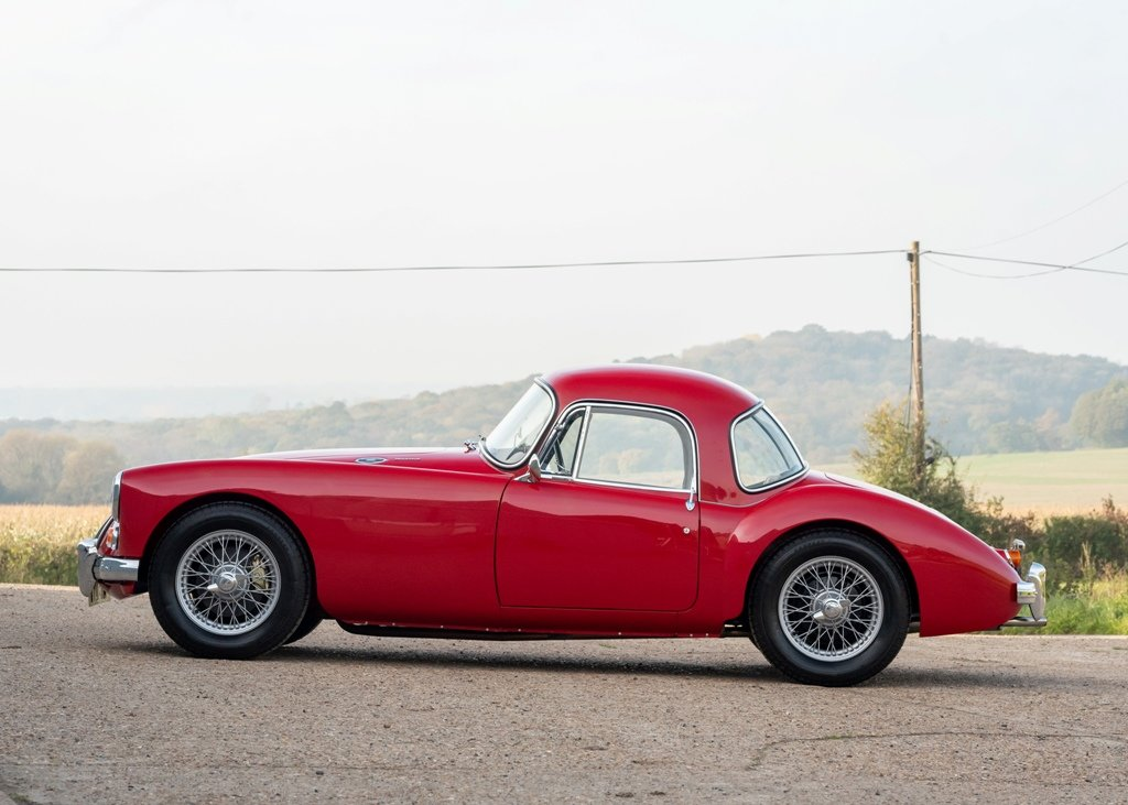 1961 MG A Mk. II Fixedhead Coup (1600cc) SOLD by Auction (picture 4 of 6)