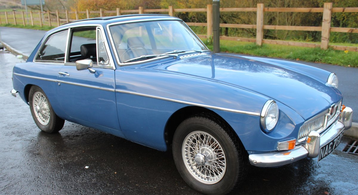 1967 MGB GT MK1 With Overdrive  , Wire Wheels  Webasto Roof SOLD (picture 1 of 6)