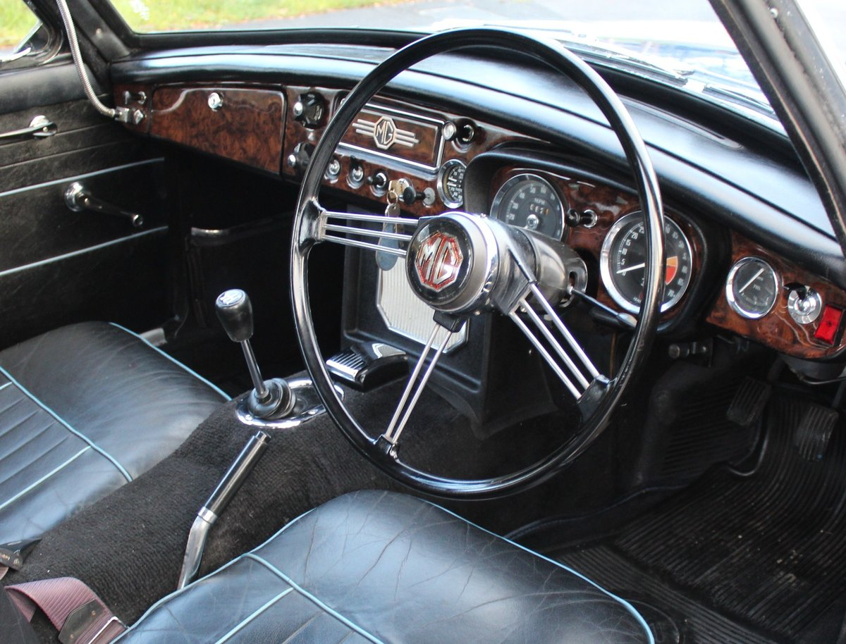 1967 MGB GT MK1 With Overdrive  , Wire Wheels  Webasto Roof SOLD (picture 5 of 6)