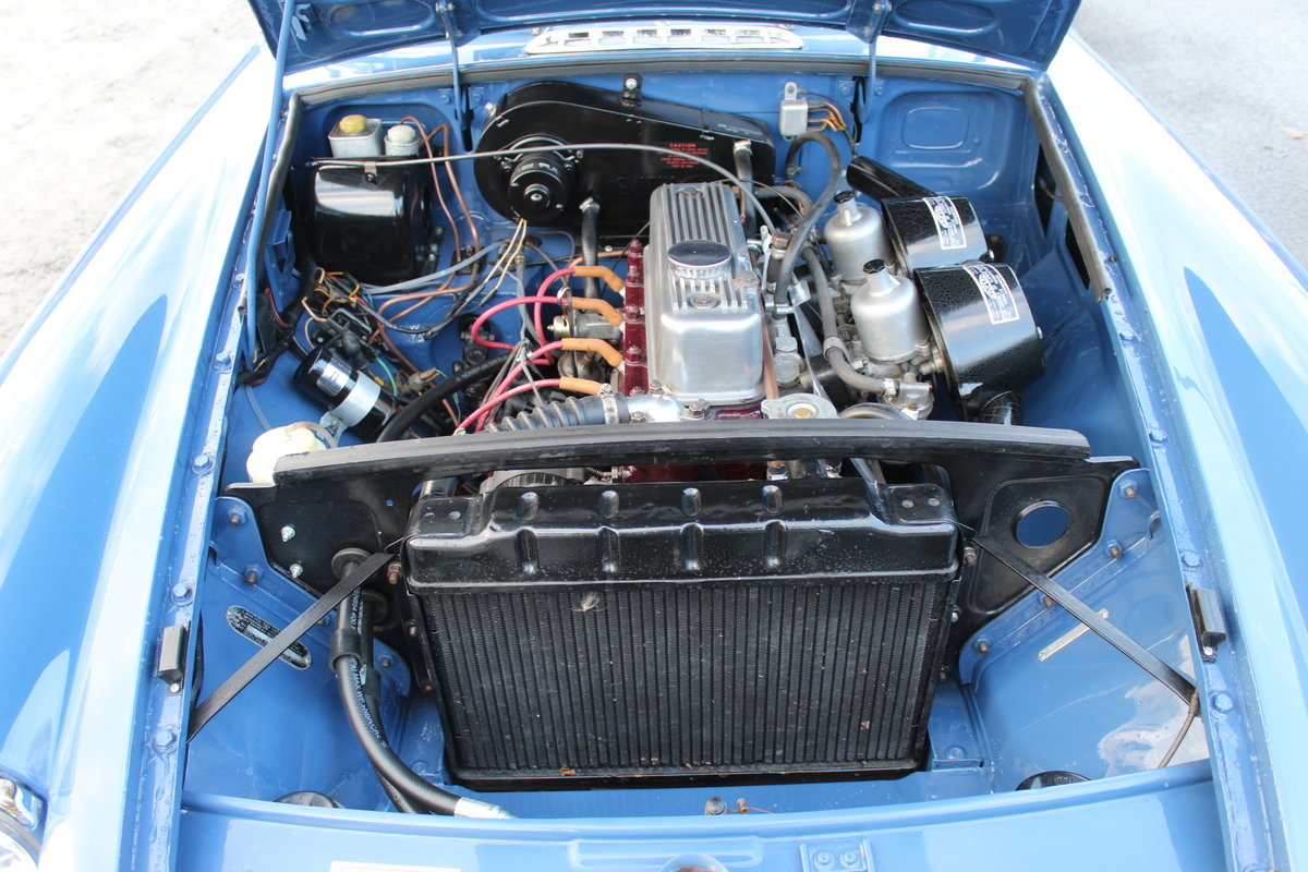 1967 MGB GT MK1 With Overdrive  , Wire Wheels  Webasto Roof SOLD (picture 6 of 6)