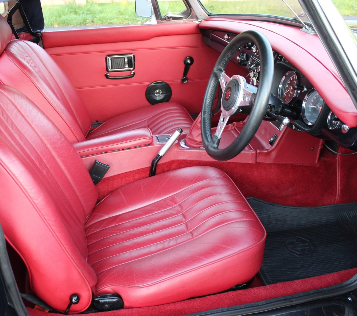 1976 MGB Roadster With Overdrive , Exceptional Condition For Sale (picture 4 of 6)