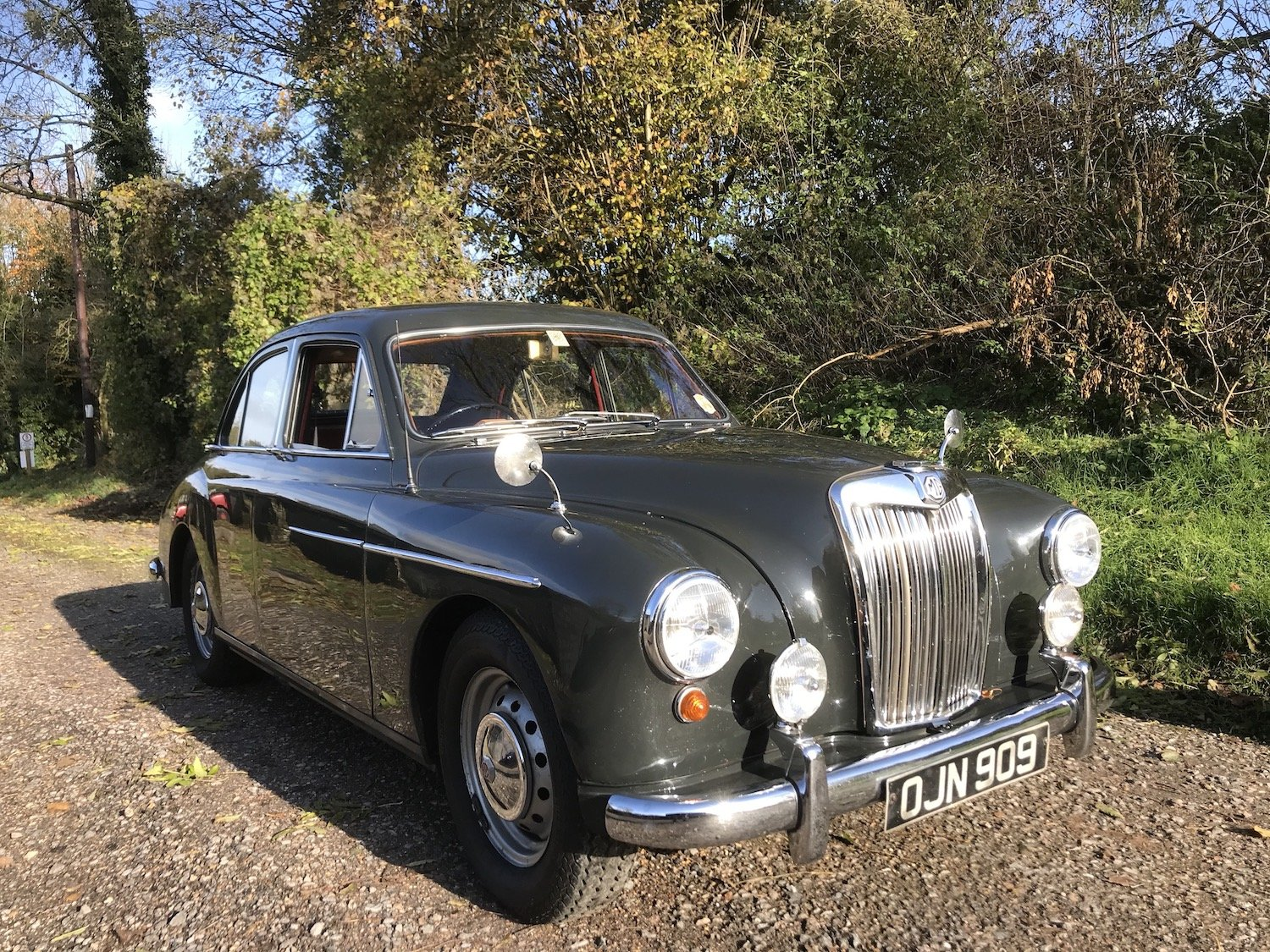 1958 MG Magnette ZB - 1.8 engine & 5 speed gearbox SOLD (picture 1 of 17)