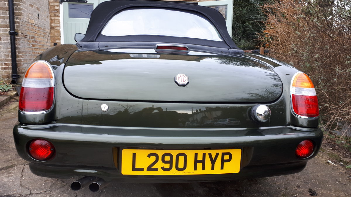 1994 MG Rover RV8  For Sale (picture 5 of 6)