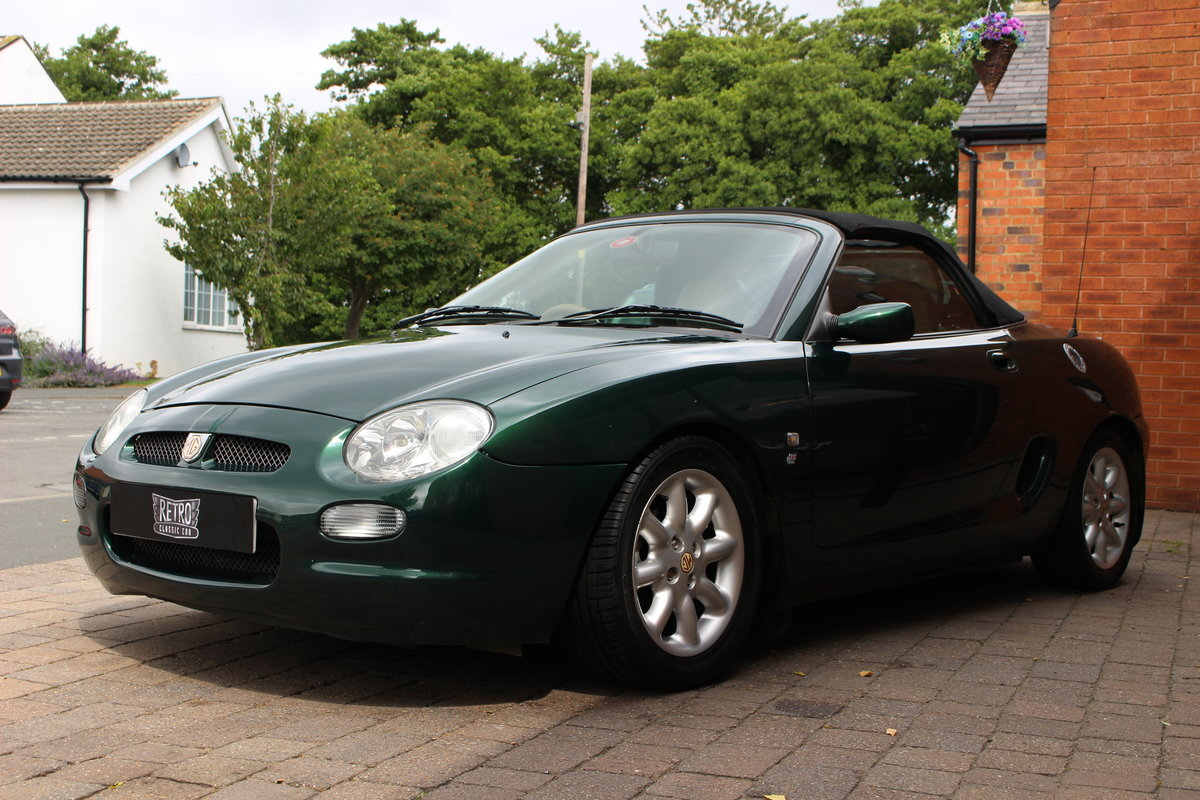 2000 MGF 1800 - British Racing Green | Huge History File For Sale (picture 7 of 10)