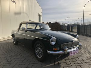 1968 MGB top condition For Sale