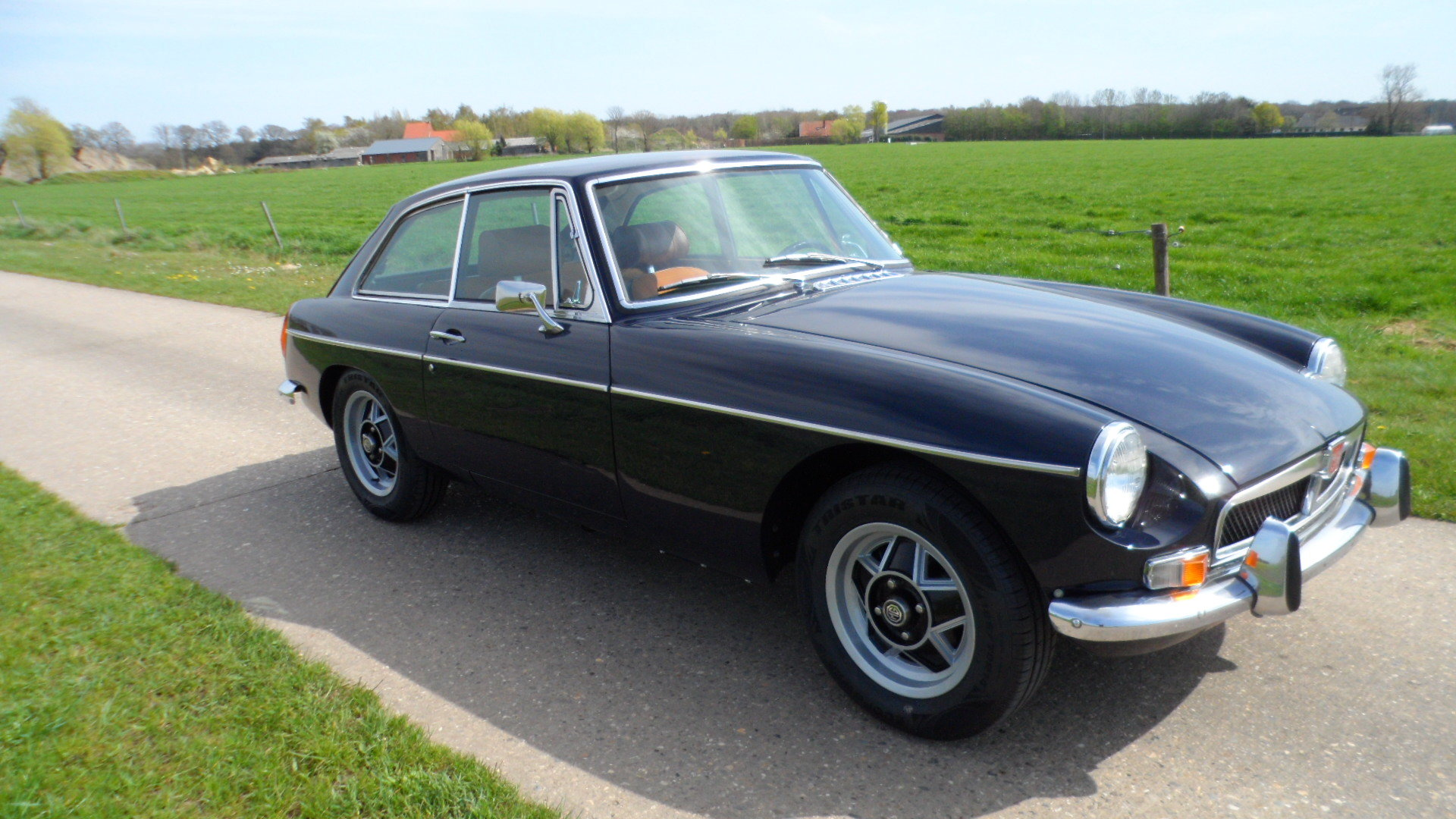 1973 MGB GT  '73  LHD For Sale (picture 1 of 6)