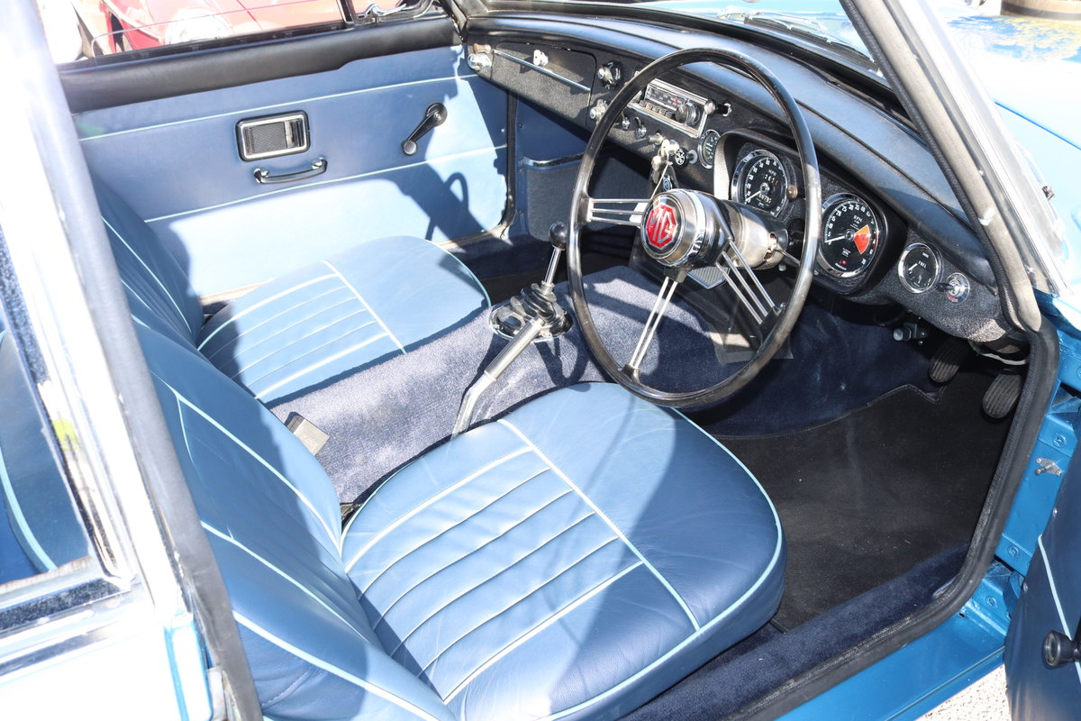 1968 MGC GT,Riviera Silver Blue, Bare metal respray 2018 For Sale (picture 4 of 5)