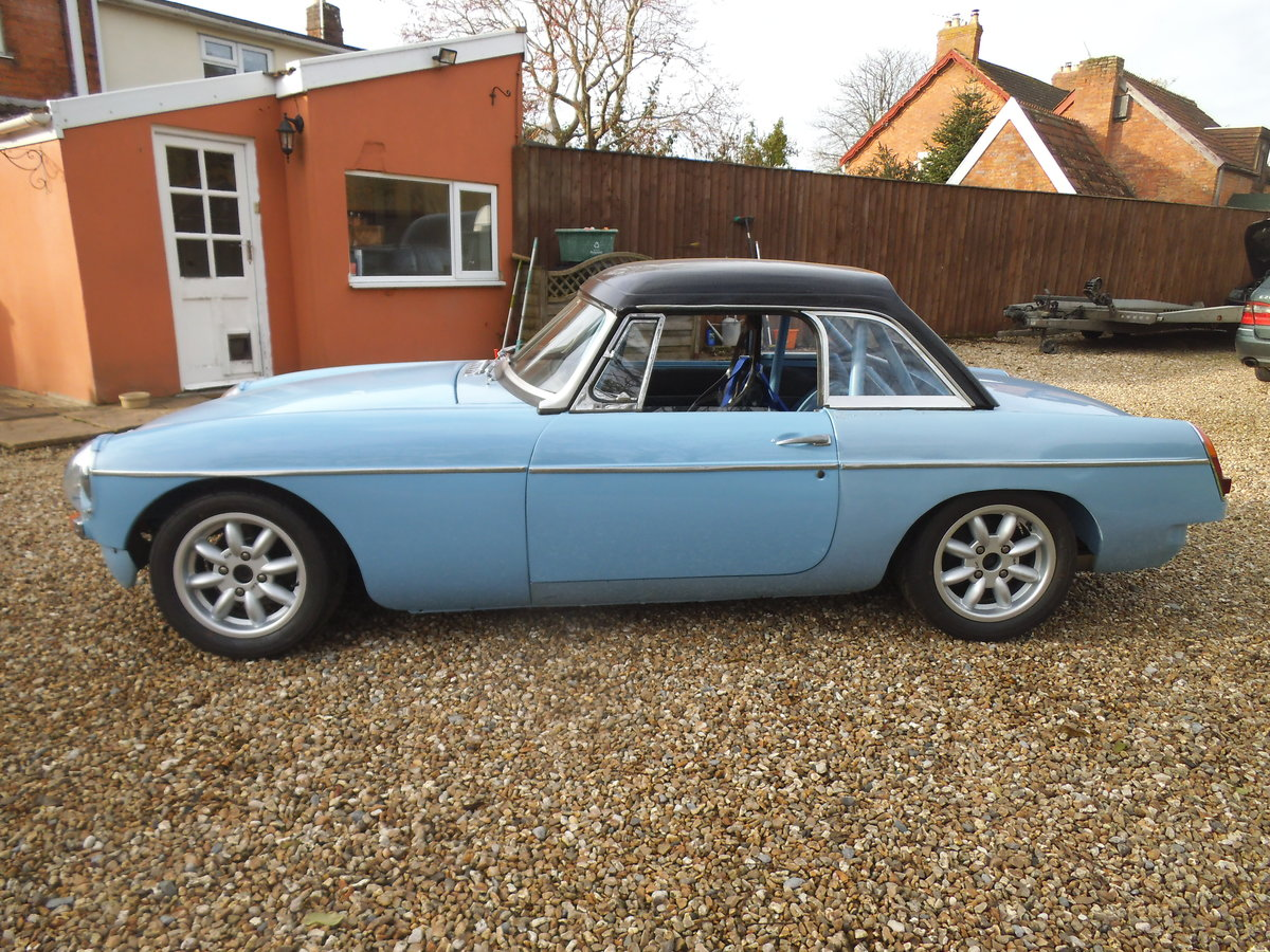 1963 MGB FIA RACE CAR For Sale (picture 2 of 6)