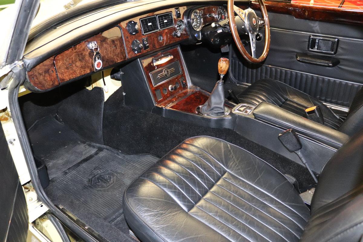 1974 MGB V8 ROADSTER,HERITAGE SHELL, Factory V8 spec. SOLD (picture 2 of 6)
