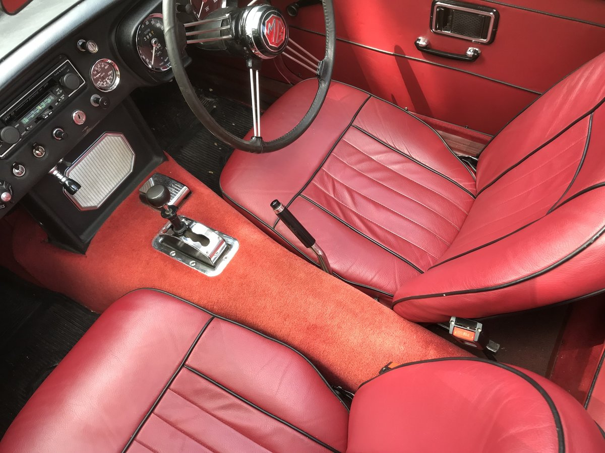 1969 1968 MGC GT - Automatic - Only 61,000 miles from new For Sale (picture 1 of 6)