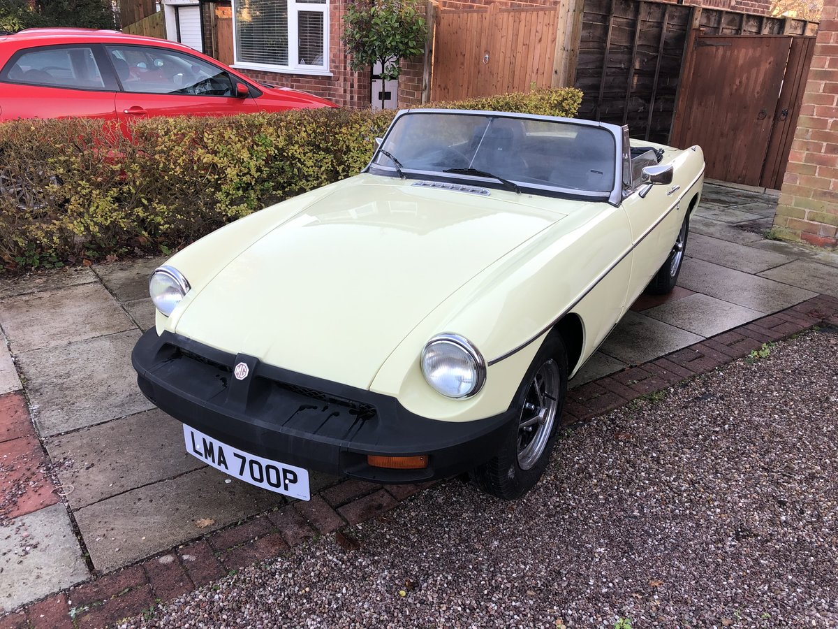 1975 Fantastic mgb roadster primrose yellow For Sale (picture 5 of 5)