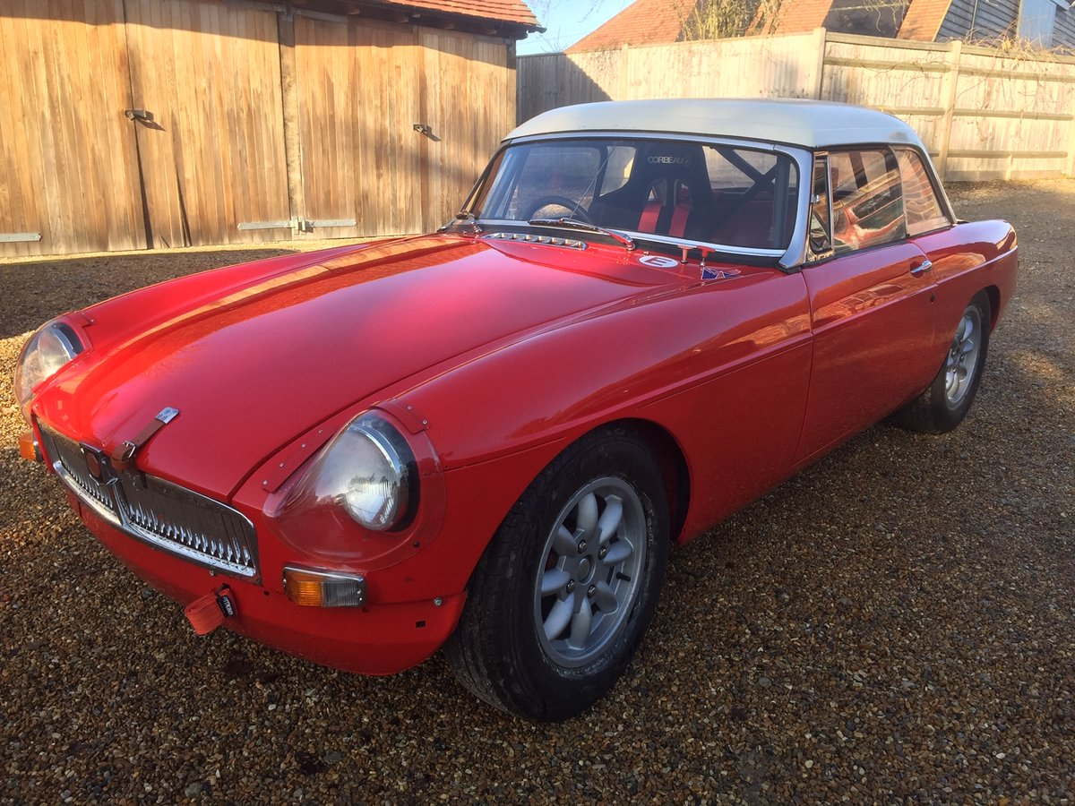 1965 FIA MGB Roadster £24,000 For Sale (picture 2 of 6)
